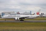 代打の切札さんが、伊丹空港で撮影した日本航空 777-289の航空フォト(写真)