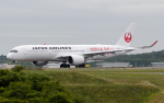 うみBOSEさんが、新千歳空港で撮影した日本航空 A350-941XWBの航空フォト(写真)