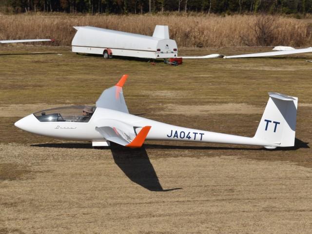 とびたさんが、真壁滑空場で撮影した日本個人所有 Discus bの航空フォト(飛行機 写真・画像)