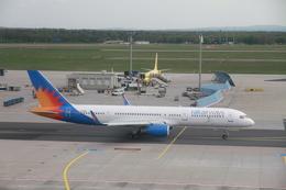 matsuさんが、フランクフルト国際空港で撮影したRAK エアウェイズ 757-23Nの航空フォト(飛行機 写真・画像)