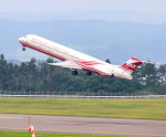TFALさんが、福島空港で撮影した遠東航空 MD-83 (DC-9-83)の航空フォト(写真)