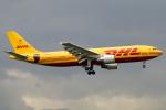 chrisshoさんが、ロンドン・ヒースロー空港で撮影したEAT ライプツィヒ A300B4-622R(F)の航空フォト(写真)