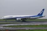 Hiro-hiroさんが、羽田空港で撮影した全日空 777-281の航空フォト(写真)