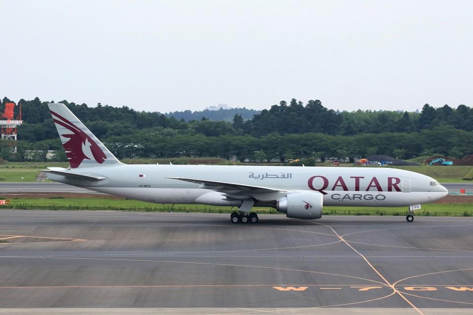 T.Sazenさんのカタール航空カーゴ Boeing 777-200 (A7-BFO) 航空フォト