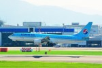ちっとろむさんが、福岡空港で撮影した大韓航空 737-9B5の航空フォト(写真)