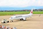 ちっとろむさんが、松山空港で撮影したJALエクスプレス 737-846の航空フォト(写真)