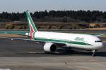panchiさんが、成田国際空港で撮影したアリタリア航空 777-243/ERの航空フォト(写真)