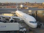 Hiro-hiroさんが、ニューアーク・リバティー国際空港で撮影したユナイテッド航空 757-200の航空フォト(写真)