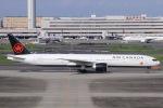 ぐっちーさんが、羽田空港で撮影したエア・カナダ 777-333/ERの航空フォト(写真)