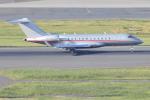 Orange linerさんが、羽田空港で撮影したビスタジェット BD-700-1A10 Global 6000の航空フォト(写真)