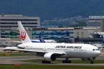 khideさんが、伊丹空港で撮影した日本航空 777-289の航空フォト(写真)