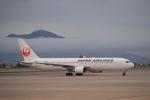 Tomochanさんが、函館空港で撮影した日本航空 767-346の航空フォト(写真)