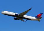 Bokuranさんが、ロンドン・ヒースロー空港で撮影したデルタ航空 767-332/ERの航空フォト(写真)