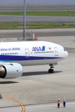 VFRさんが、羽田空港で撮影した全日空 777-381の航空フォト(写真)