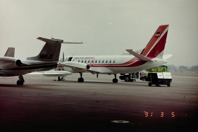 ヒロリンさんが、ベルリン・テムペルホーフ空港で撮影したDELTA AIR 340Aの航空フォト(飛行機 写真・画像)