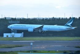 mojioさんが、成田国際空港で撮影したキャセイパシフィック航空 777-367の航空フォト(写真)