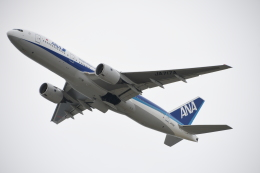 SKY☆MOTOさんが、関西国際空港で撮影した全日空 777-281/ERの航空フォト(飛行機 写真・画像)