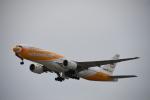 SKY☆MOTOさんが、関西国際空港で撮影したノックスクート 777-212/ERの航空フォト(写真)
