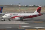 BTYUTAさんが、イスタンブール空港で撮影したエア・アルバニア A319-132の航空フォト(写真)