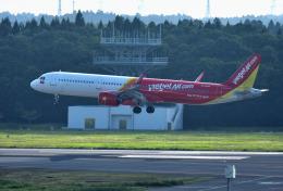 mojioさんが、成田国際空港で撮影したベトジェットエア A321-271Nの航空フォト(写真)