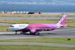 ワイエスさんが、関西国際空港で撮影したピーチ A320-214の航空フォト(写真)