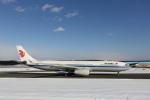ATOMさんが、新千歳空港で撮影した中国国際航空 A330-343Xの航空フォト(飛行機 写真・画像)