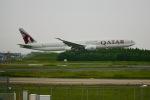 ふくそうじさんが、成田国際空港で撮影したカタール航空 777-3DZ/ERの航空フォト(写真)