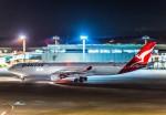Cygnus00さんが、成田国際空港で撮影したカンタス航空 A330-303の航空フォト(写真)