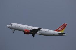 NH642さんが、プーケット国際空港で撮影したタイ・ベトジェットエア A320-214の航空フォト(飛行機 写真・画像)