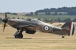 MOR1(新アカウント)さんが、ダックスフォード飛行場で撮影したuntitled Hurricane Mk2Aの航空フォト(飛行機 写真・画像)