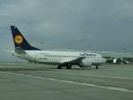 ヒロリンさんが、ヴァーツラフ・ハヴェル・プラハ国際空港で撮影したルフトハンザドイツ航空 737-330の航空フォト(飛行機 写真・画像)