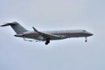 mojioさんが、成田国際空港で撮影したビスタジェット BD-700-1A10 Global 6000の航空フォト(飛行機 写真・画像)