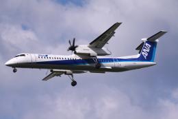 Mr.boneさんが、福岡空港で撮影した全日空 DHC-8-400の航空フォト(飛行機 写真・画像)