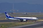 mild lifeさんが、関西国際空港で撮影した全日空 767-381/ERの航空フォト(写真)
