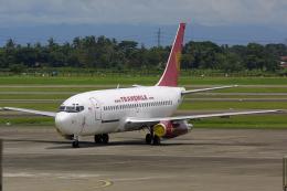 Hariboさんが、スカルノハッタ国際空港で撮影したトランスマイル・エア・サービス 737-275C/Advの航空フォト(飛行機 写真・画像)