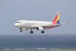 ANA744Foreverさんが、那覇空港で撮影したアシアナ航空 A320-232の航空フォト(写真)