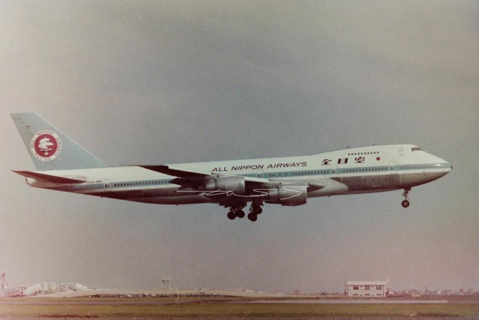 tassさんの全日空 Boeing 747SR (JA8146) 航空フォト