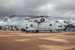 チャッピー・シミズさんが、フェアフォード空軍基地で撮影したイギリス海軍の航空フォト(飛行機 写真・画像)