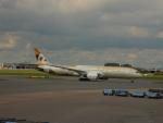 kiyohsさんが、アムステルダム・スキポール国際空港で撮影したエティハド航空 787-9の航空フォト(飛行機 写真・画像)