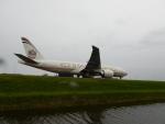 kiyohsさんが、アムステルダム・スキポール国際空港で撮影したエティハド航空 777-FFXの航空フォト(飛行機 写真・画像)