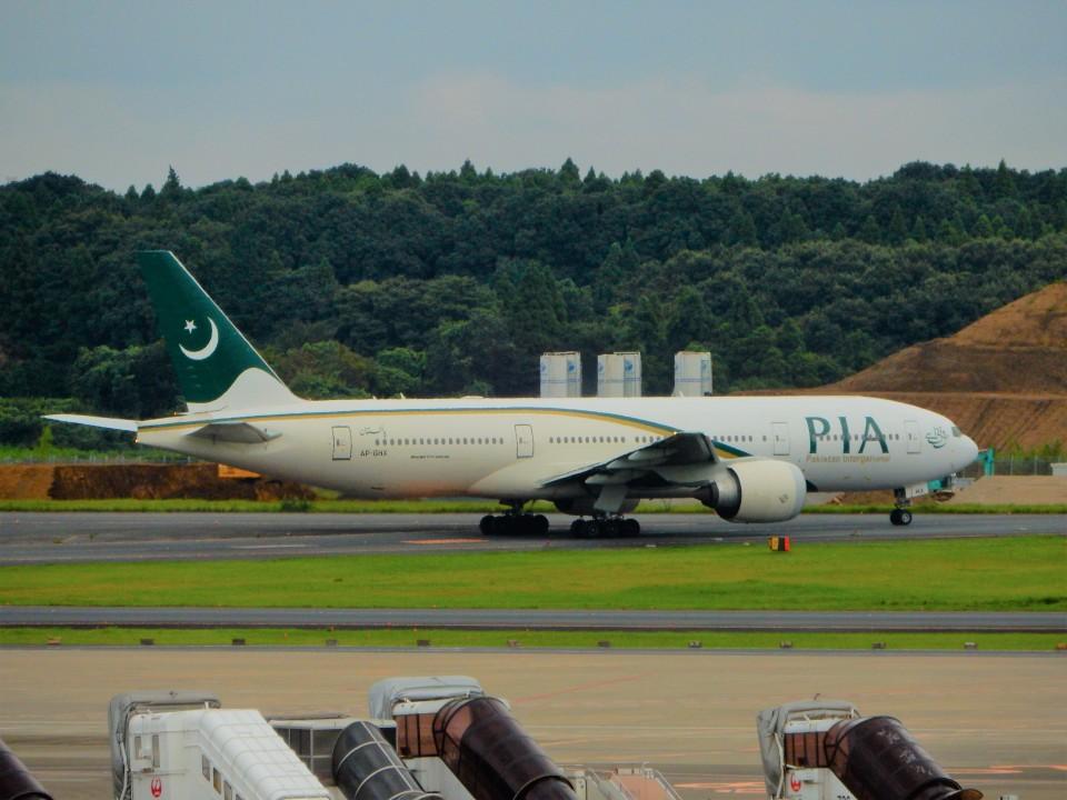 kiyohsさんのパキスタン国際航空 Boeing 777-200 (AP-BHX) 航空フォト