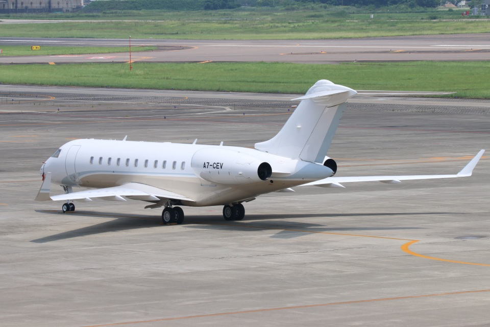 reonさんのカタール・エグゼクティブ Bombardier BD-700 Global Express/5000/6000 (A7-CEV) 航空フォト