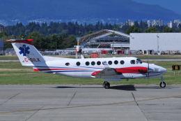 Nori77さんが、バンクーバー国際空港で撮影したCarson Air B300の航空フォト(飛行機 写真・画像)