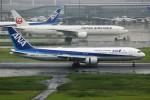 ばっきーさんが、羽田空港で撮影した全日空 767-381/ERの航空フォト(写真)