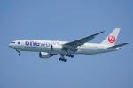 ちゃぽんさんが、羽田空港で撮影した日本航空 777-246の航空フォト(飛行機 写真・画像)