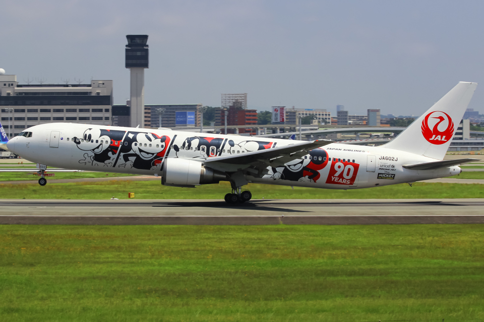 まくろすさんの日本航空 Boeing 767-300 (JA602J) 航空フォト