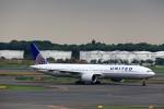 T.Sazenさんが、成田国際空港で撮影したユナイテッド航空 777-322/ERの航空フォト(飛行機 写真・画像)