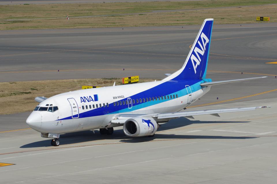 yabyanさんのANAウイングス Boeing 737-500 (JA356K) 航空フォト