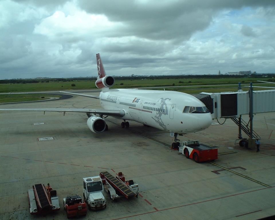 南国の防人さんのハーレクィンエア McDonnell Douglas DC-10 (JA8550) 航空フォト