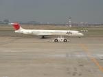 南国の防人さんが、羽田空港で撮影した日本航空 MD-81 (DC-9-81)の航空フォト(写真)